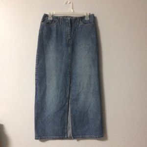 New York and Company Denim Skirt w Front S…